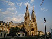 Notredamedevaux-facade.jpg