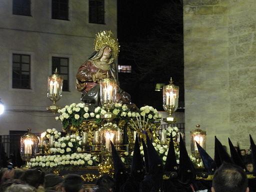 La Virgen de las Angustias en España  Villatuelda, un ...