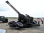 Oerlikon GDF-006 35mm Twin Cannon at Chiayi AFB 20120811a.jpg