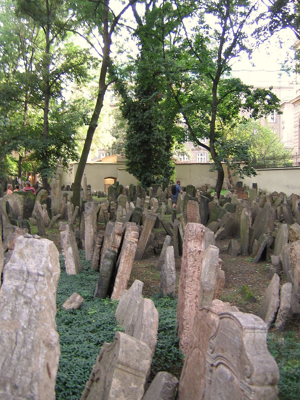 Old Jewish Cemetery, Prague 069
