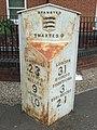 Old Milepost - geograph.org.uk - 1477911.jpg