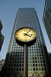 One Canada Square, Canary Wharf.jpg