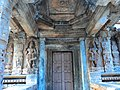 Ornate porch entrance into the Vaidyeshwara temple at Talakad.jpg