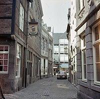 Overzicht met het straatbeeld - Maastricht - 20382899 - RCE.jpg