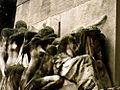 Père-Lachaise - Monument aux morts avant restauration 05.jpg