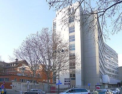 Comment aller à Hôpital Rothschild en transport en commun - A propos de cet endroit