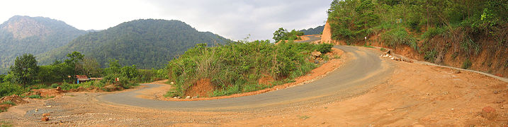 The hairpin bends on the roads at Paalchuram