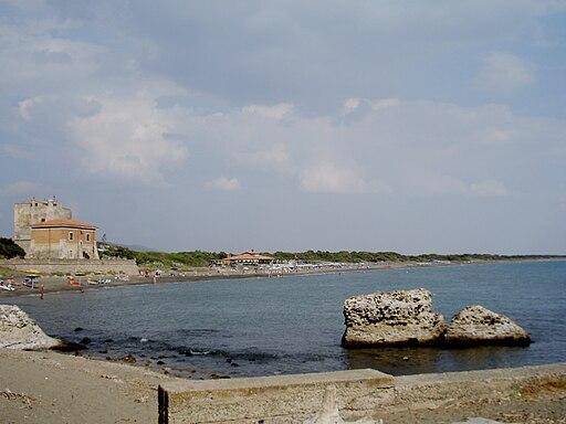 Panorama con Torre della Tagliata (Torre Puccini) dal Porto di Cosa (GR)