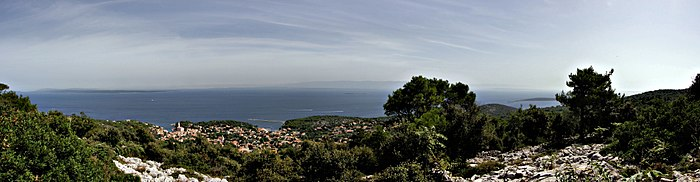 Panorama from St. Ivan's hill looking on Veli Lošinj.jpg