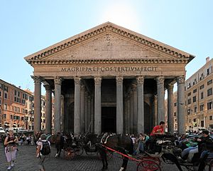 Pantheon at day.JPG