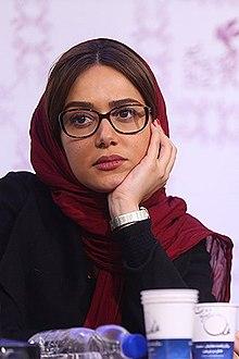 Parinaz Izadyar Wikipedia