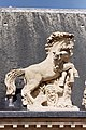 Paris - Toiture de la cour d'honneur des Invalides - Statue equestre - 0010.jpg