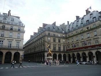 Place Des Pyramides Wikipedia