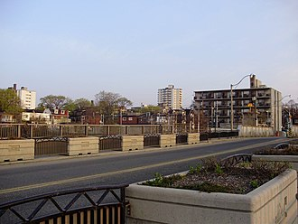 Parkdale, Toronto - Image: Parkdale from Dufferin Bridge