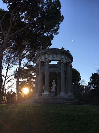 Alameda de Osuna - Image: Parque el capricho, Madrid