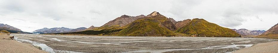 Parque nacional y reserva Denali, Alaska, Estados Unidos, 2017-08-30, DD 27-32 PAN.jpg
