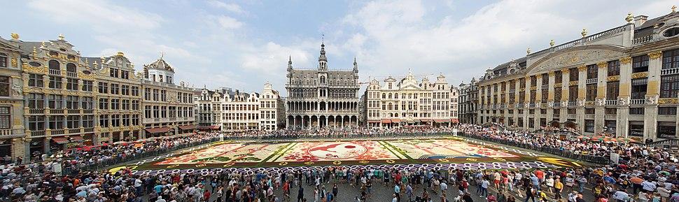Parterre de fleurs Grand-place de Bruxelles 2016