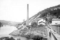 Penchot, usine hydraulique sur le Lot alimentant Decazeville, 4 juin 1898 (3084449494).jpg