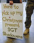 Peoria, Ill., soldiers home for Christmas 131214-Z-EU280-097.jpg