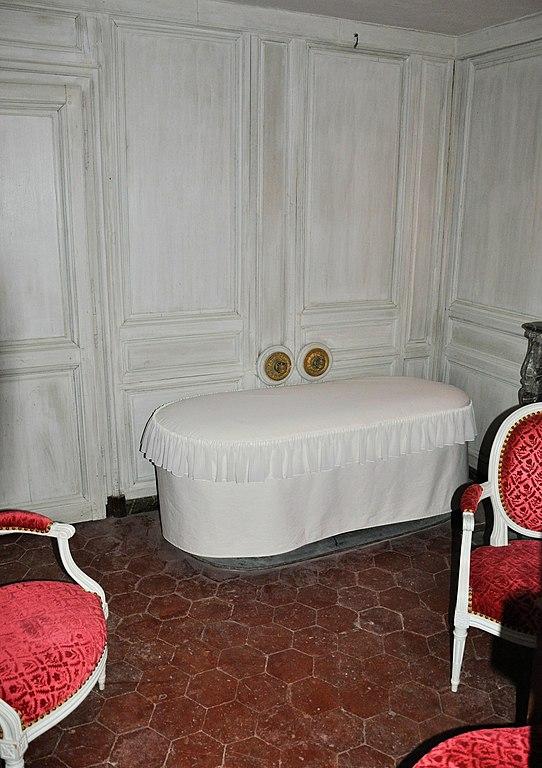 File Petit Trianon Salle De Bain De L 39 Wikimedia Commons
