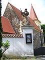 Petrovice, kostel svatého Jakuba, od vchodu (01).jpg