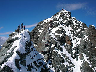 Kleinglockner (left), with the Großglockner behind