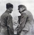 Piłsudski i Rydz-Śmigły nad mapą w okresie bitwy na Niemnem.png
