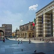 Piazza della Vittoria 2 Brescia.jpg