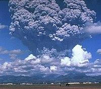 Letusan gunung Pinatubo tahun 1991.