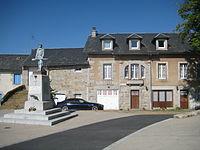 Place d'Albaret-le-Comtal.JPG