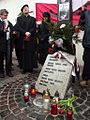 Pod Krzyżem Katyńskim (8720173163).jpg