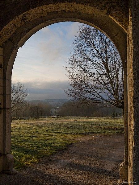 Porte du château de Rochefort