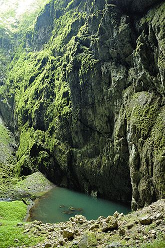 Brno Highlands - Image: Propast Macocha 01