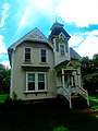 Queen Anne Style Home at 475 Broadway - panoramio.jpg