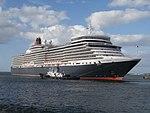 Queen Elizabeth towed by Helios in Port of Tallinn 9 August 2016.jpg