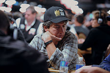 Ray Romano at the 2010 WSOP.jpg