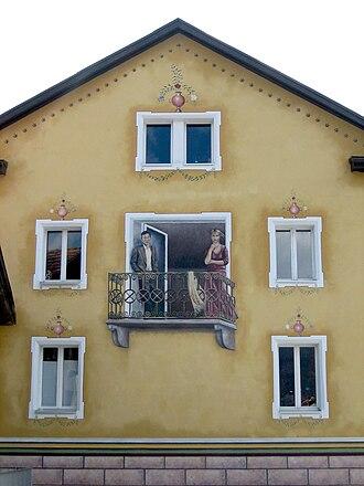 Rhäzüns - Illusion painted on a house in Rhäzüns