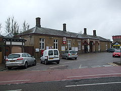 Rickmansworth station building.JPG