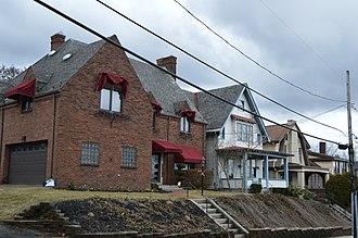 West View, Pennsylvania - Houses on Ridgewood Avenue