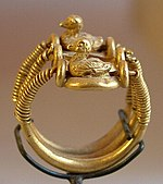 Ring with Ducks-E 11607-Egypte louvre 128.jpg