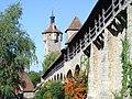 Rothenburg ob der Tauber, Stadtbefestigung mit Klingentorturm.jpg