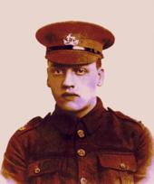 First World War–era British soldier wearing khaki forage cap c9be158a42d
