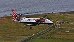 Runway 33 approach (38492304466).jpg