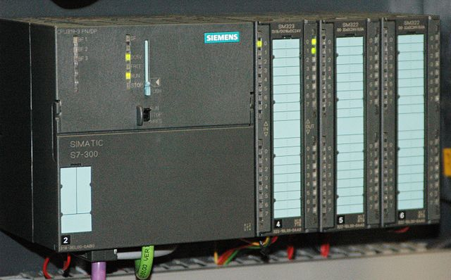 Siemens Simatic S7-300 PLC [Wikipedia] - Curious Minds Podcast