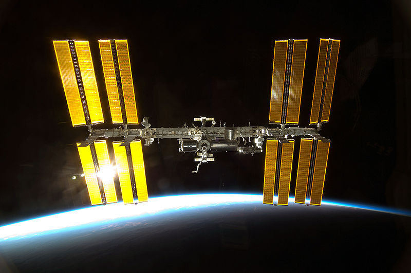 File:STS-130 Endeavour approaches ISS 3.jpg