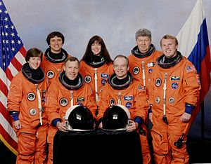 STS-91 - Image: STS 91 crew