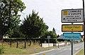 Sains-Richaumont Entrée 2.jpg