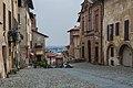 Saluzzo Via Salita al Castello.jpg