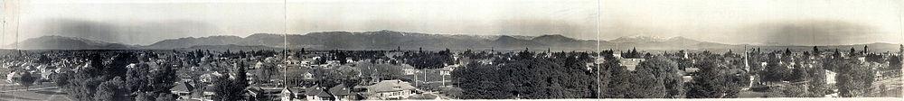 Panorama of the San Bernardino Valley in 1909.
