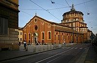 Santa Maria delle Grazie, Milano, vista di tre quarti dal Corso Magenta.jpg